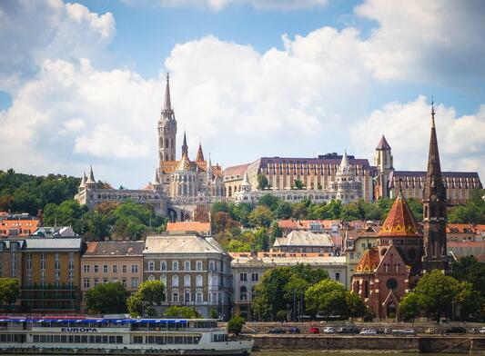 匈牙利留学生活费低